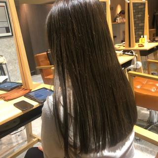 ツヤ髪 透明感カラー イルミナカラー ストレート ヘアスタイルや髪型の写真・画像
