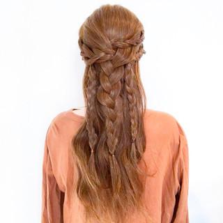 ヘアアレンジ アウトドア 大人女子 簡単ヘアアレンジ ヘアスタイルや髪型の写真・画像