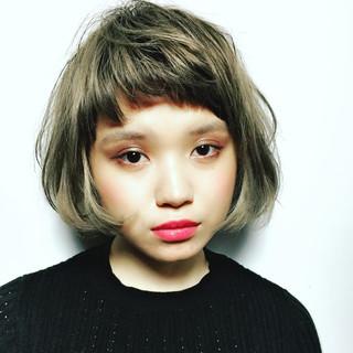 オン眉 モード 色気 ヘアスタイルや髪型の写真・画像