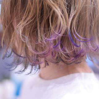 フェミニン ミニボブ ショートボブ 裾カラー ヘアスタイルや髪型の写真・画像