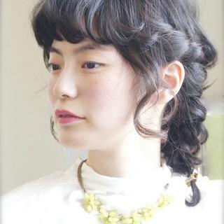 簡単ヘアアレンジ ミディアム ヘアアレンジ 編み込み ヘアスタイルや髪型の写真・画像