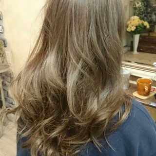 ガーリー グラデーションカラー 外国人風 セミロング ヘアスタイルや髪型の写真・画像