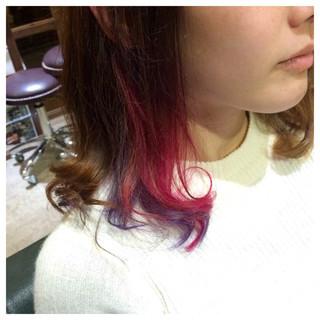 ミディアム ピンク ブリーチ インナーカラー ヘアスタイルや髪型の写真・画像