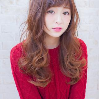 大人女子 波ウェーブ セミロング 大人かわいい ヘアスタイルや髪型の写真・画像