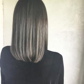 モード ミディアム イルミナカラー ヘアスタイルや髪型の写真・画像