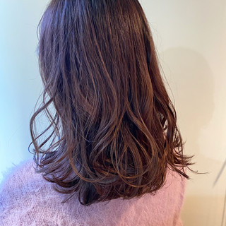 ラベンダーピンク ピンクブラウン ブリーチ無し ミディアム ヘアスタイルや髪型の写真・画像