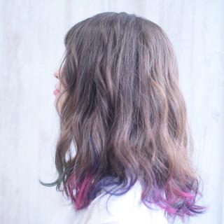 ピンク フェミニン ターコイズブルー パープルカラー ヘアスタイルや髪型の写真・画像