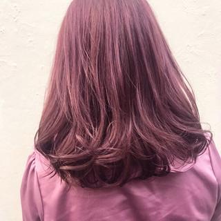 ダブルカラー ミディアム パープル ガーリー ヘアスタイルや髪型の写真・画像