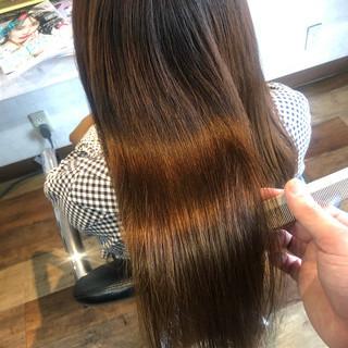 髪質改善カラー 美髪 ナチュラル 髪質改善 ヘアスタイルや髪型の写真・画像