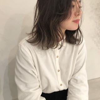 ミルクティーベージュ ヘアアレンジ ベージュ ヌーディベージュ ヘアスタイルや髪型の写真・画像