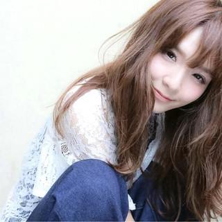 フェミニン 外国人風 ヘアアレンジ パーマ ヘアスタイルや髪型の写真・画像 ヘアスタイルや髪型の写真・画像
