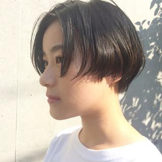 ショート ショートボブ ストリート 刈り上げ ヘアスタイルや髪型の写真・画像