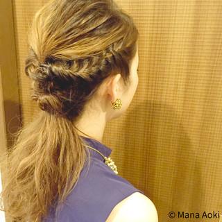 編み込み 結婚式 ヘアアレンジ 波ウェーブ ヘアスタイルや髪型の写真・画像