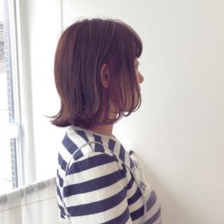 グレージュ ショート ボブ ガーリー ヘアスタイルや髪型の写真・画像