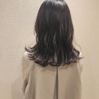 ナチュラル ダークカラー 暗色カラー セミロング ヘアスタイルや髪型の写真・画像