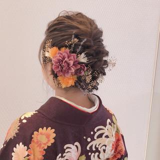 成人式ヘア ふわふわヘアアレンジ ヘアアレンジ セミロング ヘアスタイルや髪型の写真・画像