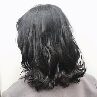 切りっぱなしボブ ロブ ウルフカット 成人式カラー ヘアスタイルや髪型の写真・画像
