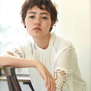外国人風 ベリーショート パーマ 透明感 ヘアスタイルや髪型の写真・画像