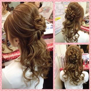 ハーフアップ フェミニン ガーリー ヘアアレンジ ヘアスタイルや髪型の写真・画像