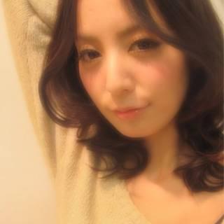 ミディアム モテ髪 秋 ゆるふわ ヘアスタイルや髪型の写真・画像