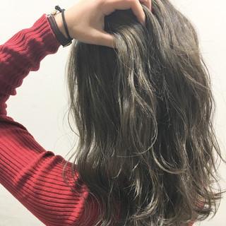 暗髪 ロング ハイライト 外国人風 ヘアスタイルや髪型の写真・画像