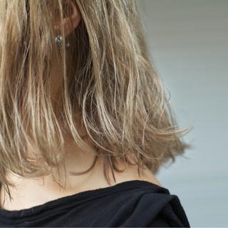外国人風カラー アッシュ ボブ ハイライト ヘアスタイルや髪型の写真・画像