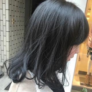 外国人風カラー ナチュラル ミディアム アッシュ ヘアスタイルや髪型の写真・画像 ヘアスタイルや髪型の写真・画像