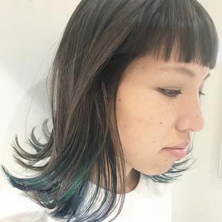 インナーカラー セミロング 外国人風カラー ストリート ヘアスタイルや髪型の写真・画像