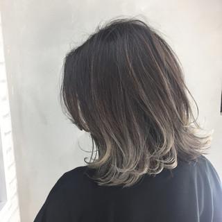 色気 アッシュ ボブ 外国人風 ヘアスタイルや髪型の写真・画像