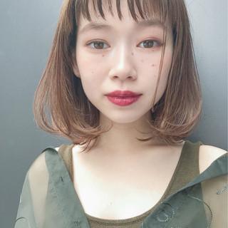ベージュ 秋 ウェットヘア 透明感 ヘアスタイルや髪型の写真・画像