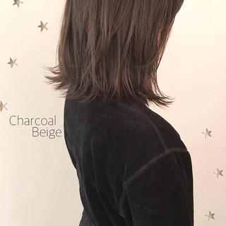 伸ばしかけ ミディアム ストリート こなれ感 ヘアスタイルや髪型の写真・画像 ヘアスタイルや髪型の写真・画像