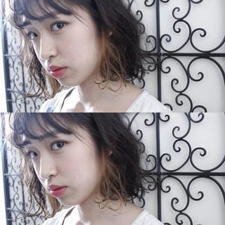 外国人風 インナーカラー ミルクティー ニュアンス ヘアスタイルや髪型の写真・画像