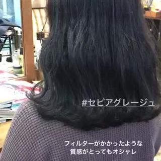 セミロング オルチャン ヘアアレンジ フェミニン ヘアスタイルや髪型の写真・画像