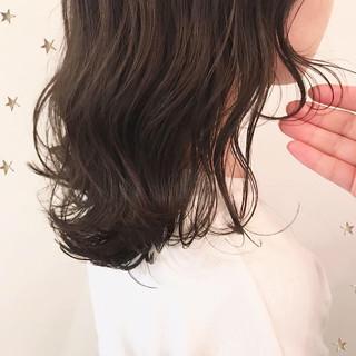 アンニュイほつれヘア ゆるナチュラル ミディアム ナチュラル ヘアスタイルや髪型の写真・画像