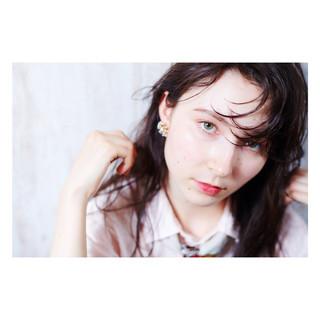 ミディアム パーマ 簡単ヘアアレンジ デート ヘアスタイルや髪型の写真・画像