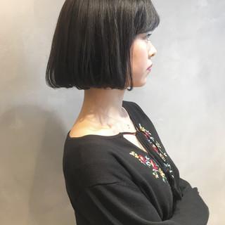 小顔 ボブ 大人女子 ミルクティー ヘアスタイルや髪型の写真・画像
