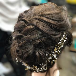フィッシュボーン ブライダル ヘアアレンジ エレガント ヘアスタイルや髪型の写真・画像