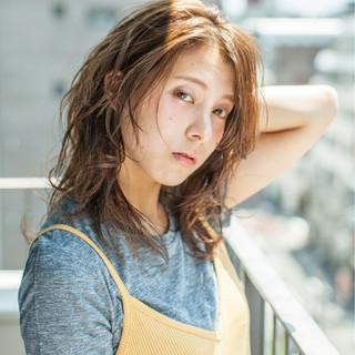 大人かわいい ブラウンベージュ 外国人風 ピュア ヘアスタイルや髪型の写真・画像