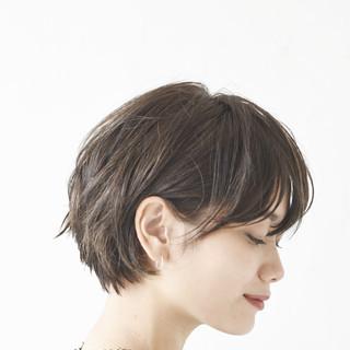 デート アンニュイほつれヘア ショート スポーツ ヘアスタイルや髪型の写真・画像 ヘアスタイルや髪型の写真・画像