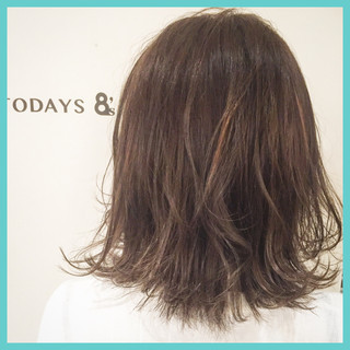 外国人風 グレージュ ボブ ハイライト ヘアスタイルや髪型の写真・画像