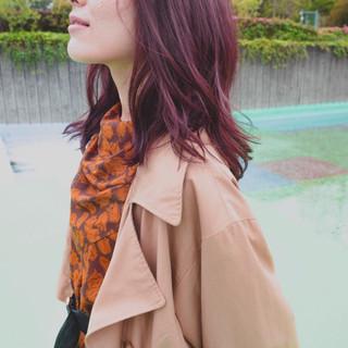アッシュ ピンクアッシュ ガーリー パーマ ヘアスタイルや髪型の写真・画像