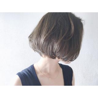 色気 ダークアッシュ ミルクティー アッシュ ヘアスタイルや髪型の写真・画像