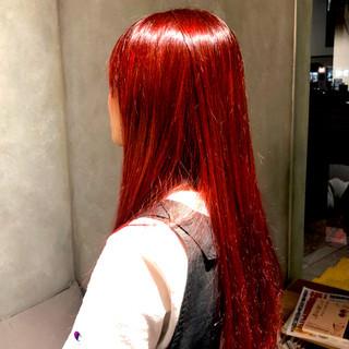 レッド インナーカラー ロング パープル ヘアスタイルや髪型の写真・画像