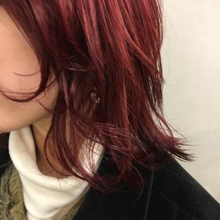 ミディアム ゆるふわ ウルフカット ダブルカラー ヘアスタイルや髪型の写真・画像