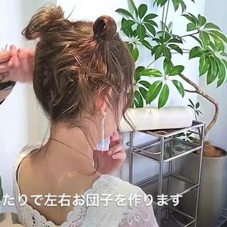 お団子 セミロング ヘアアレンジ ガーリー ヘアスタイルや髪型の写真・画像 ヘアスタイルや髪型の写真・画像