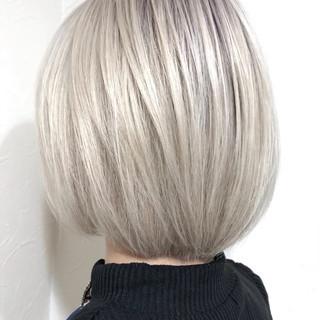 モード ホワイトカラー ホワイトブリーチ ホワイト ヘアスタイルや髪型の写真・画像