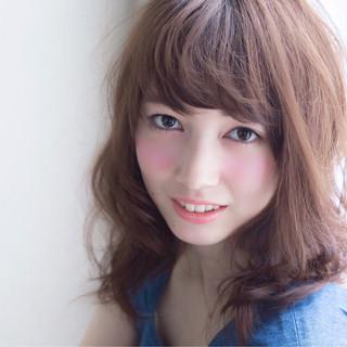 ガーリー 外国人風 ミディアム ゆるふわ ヘアスタイルや髪型の写真・画像