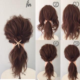 セミロング 大人女子 簡単ヘアアレンジ ローポニーテール ヘアスタイルや髪型の写真・画像
