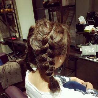 簡単ヘアアレンジ 編み込み ショート フェミニン ヘアスタイルや髪型の写真・画像