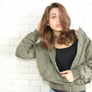前髪あり ストリート 外国人風 ミディアム ヘアスタイルや髪型の写真・画像